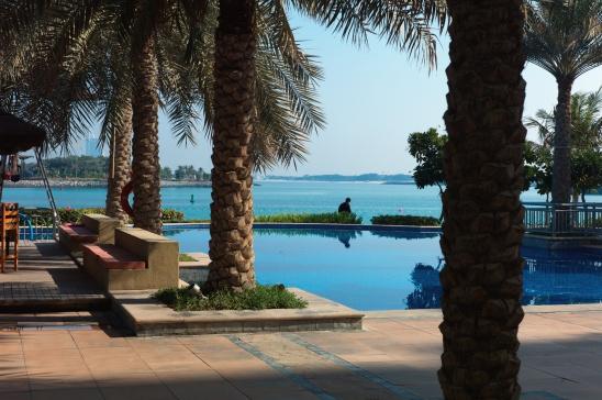 Poolside, Dubai